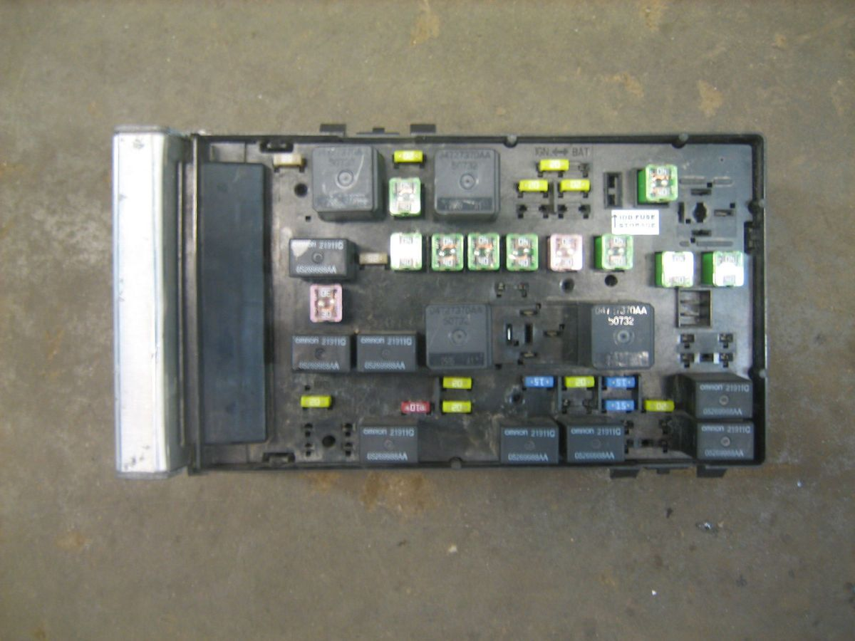 Chrysler Town And Country Fuse Box Wiring Diagrams 2011 Engine Diagram Pacifica 2003