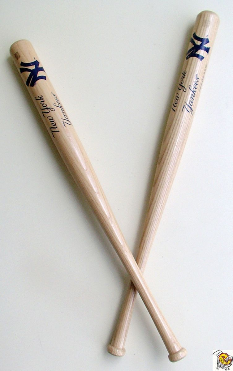 YORK YANKEES LOGO MINI WOOD BASEBALL BAT COOPERSBURG SPORTS MLBP 2002
