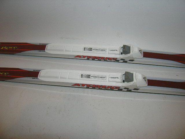 Atomic Race Skate 148cm Cross Country Skis w Bindings