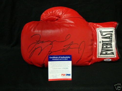 Floyd MAYWEATHER Jr Autographed Boxing Glove PSA DNA