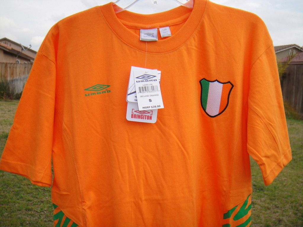 UMBRO IRELAND FOOTBALL SOCCER CREW NECK T SHIRT TOP RUNNING TENNIS NEW