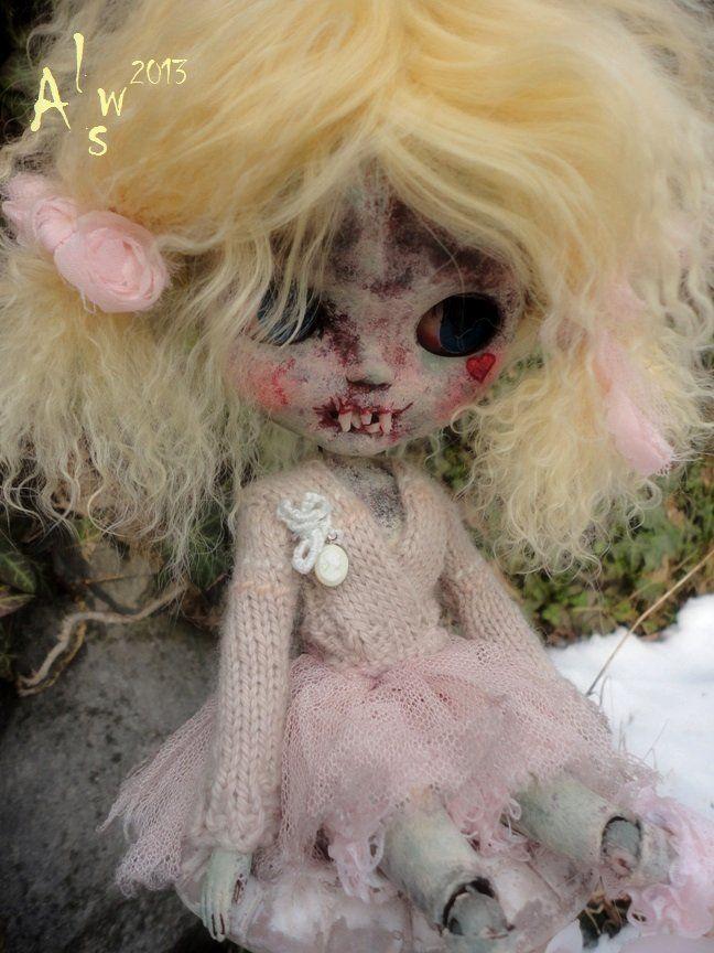 So Incredible ★isobel☽ OOAK Custom Creepy Cutie Blythe 6