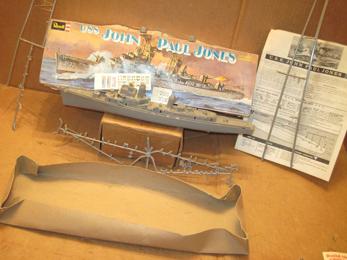 Revell USS John Paul Jones Model Kit w Assembly Instructions