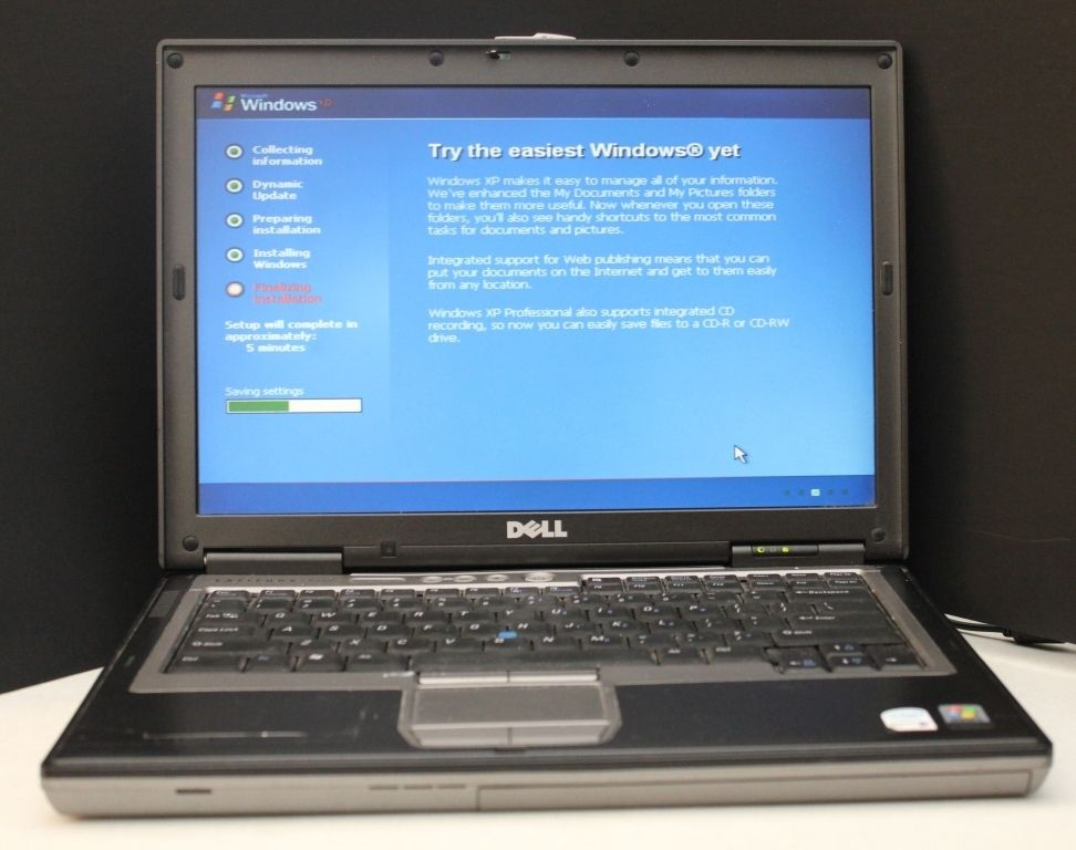 Dell Latitude D620 Laptop Notebook w Docking Station