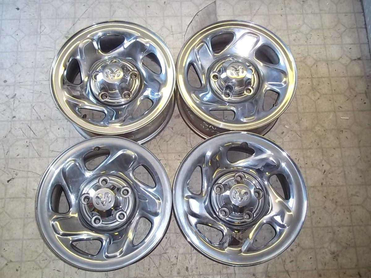 94 01 Dodge Ram Pickup Truck 1500 16x7 Steel Wheels Rims & Center Caps