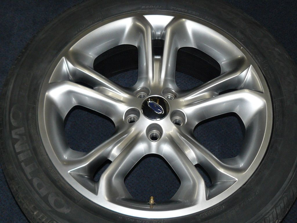 Factory Ford Explorer Wheel and Tire Rim 3860