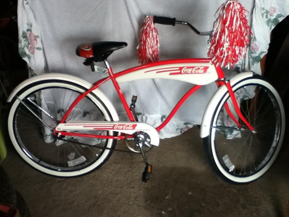 Vintage 1984 Huffy Coca Cola beach cruiser Promotional bicycle bike